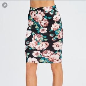 Lara Floral Rose Stretchy Pencil Skirt Sz L